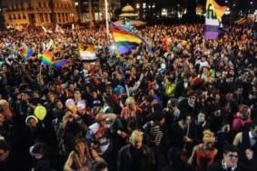 Marcha-de-la-Diversidad-Sexual-27-de-setiembre-2013 (720x279)